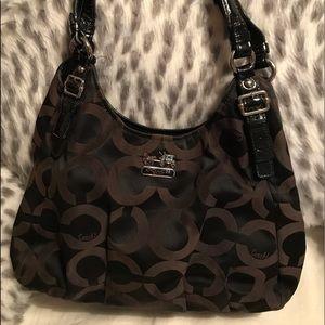 Coach, Madison shoulder bag, Serial 1120-17689